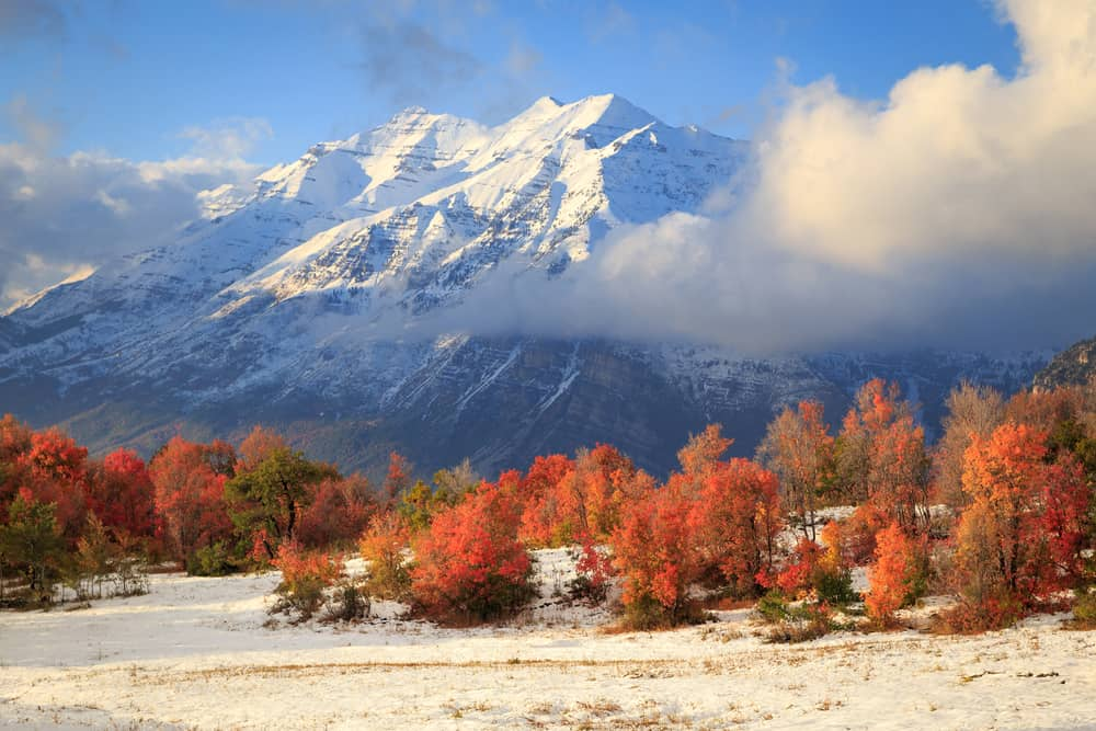 Fall weather in Riverton, UT with snow capped mountains